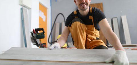Reforma com instalação piso sobre piso pode custar até 40% menos